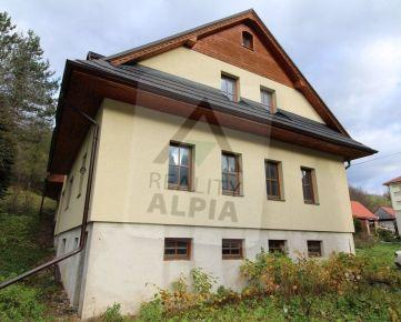 Rodinný dom/penzión, /935 m2/, Terchová