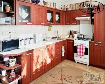 Zrekonštruovaný 3-izb. byt s loggiou - rezervovaný.