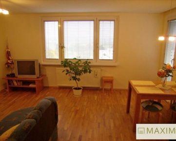 Slnečný 3-izbový byt na Prednádraží