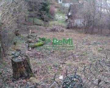 Predáme záhradu v Dúbravke blízko Tavarikovej osady