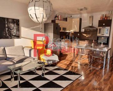 Predaj nadštandardný 2,5 izbový byt+loggia+parking ul.Kresánková