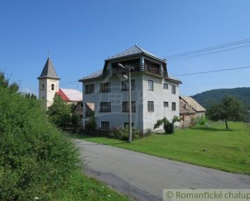 Veľký dom na kraji dediny blízko Teplého Vrchu - možnosť dokúpenia 3ha