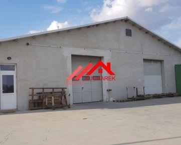 Kuchárek-real: Rozpredáme podľa želania klienta dve haly na  veľkom  pozemku 19 057m2.