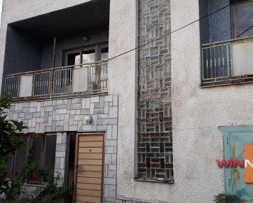 Ponúkame na predaj rodinný dom v pôvodnom stave v  Humennom
