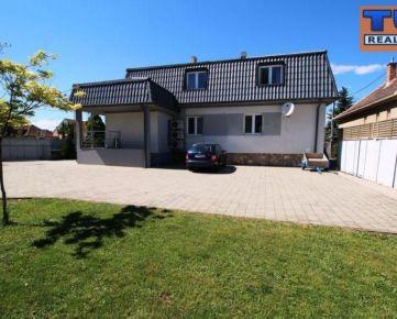 Prenájom, penzión, úžitková plocha 216 m2 + pivnica, pozemok o výmere 599 m2, Trnava, časť Spiegelsaal. CENA DOHODOU.