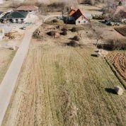 Pozemok pre rodinné domy 533m2
