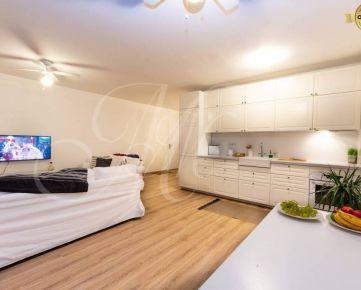 Slnečný 3i byt s garážou a loggiou v rezidencii Pri mýte