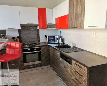 K&R CARPATIA-real * Priestranný - 3i byt - 73,45 m2 - komplet zrekonštrukcia - 3 x klimatiácia - 2 x nový výťah - sídlisko Juh - ul. 1. Mája