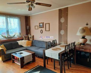 Slnečný 2 izb. byt s loggiou na skok do centra mesta, Mánesovo nám., Petržalka