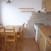 1-izb. byt 44m2, čiastočná rekonštrukcia