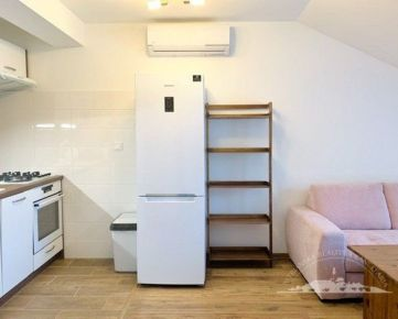 Prenájom 3 izbový byt, novostavba, klíma, Južná ulica