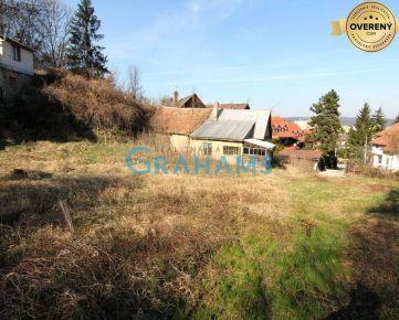 GRAHAMS-PREDAJ stavebného pozemku 1293 m2 v Dúbravke