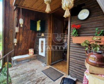 Záhradná chatka blízko BB s veľkým pozemkom 398m2 - kúpte si čerstvý vzduch v časoch korony.