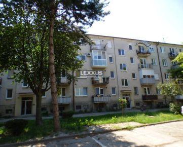 LEXXUS-PREDAJ, 3 izb. byt, príp. výmena za 2-izb. v obci Zlaté Klasy.