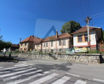 Pôvodný rodinný dom na predaj v centre Ružomberka na ulici K.Sidora