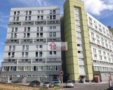 Predaj dvojgarzónky 40 m2,  Stavbárska 42, 9. poschodie