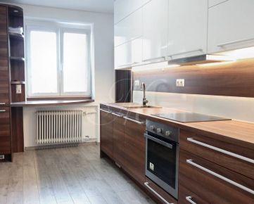 Priestranný, zrekonštruovaný 3, 5i byt na prenájom v Bratislave