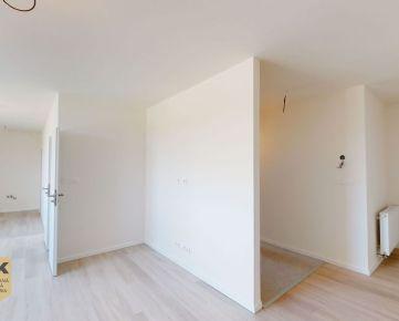 NA PREDAJ priestranný 3 izbový byt s loggiou, dobrou dispozíciou a parkovacím miestom na 2.NP v novostavbe v širšom centre mesta Trenčín