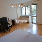 2-izb. byt 80m2, čiastočná rekonštrukcia