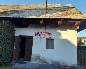 Na predaj jednoizbový domček v Detve.