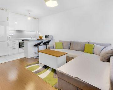 Ponúkame na predaj 2 izbový byt v novostavbe na Kazanskej ulici, park.státie v garáži