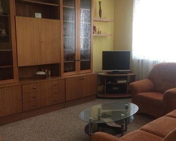NA PRENÁJOM :3 izbový byt na Hospodárskej ulici