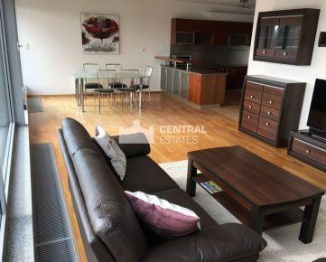 Luxusný 4i byt v novostavbe s terasou na prenájom v Karlovej Vsi