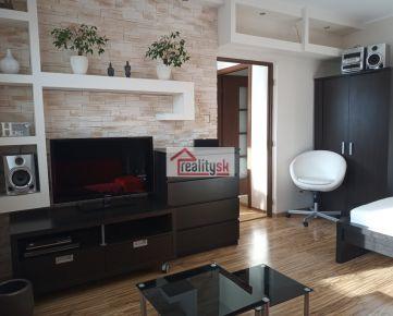 1-izbovy nadstandardne zariadeny byt