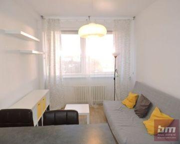 Prenájom 2 - izb. bytu s parkovacím miestom na Kramároch - Stromová ul.