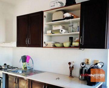 Ponúkame na prenájom kompletne zariadený dva a pol izbový byt, Slnečná ulica, časť mesta: Fončorda,