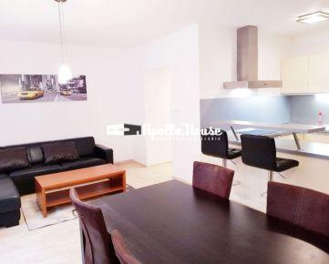 Na prenájom:BA-Staré Mesto, 2-izbový byt na Zámockej ulici