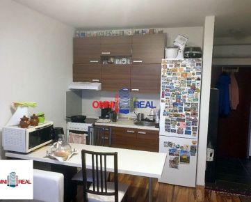 2-izbový byt, Závodná 10/10 – klimatizácia, pivnica, parkovacie miesto