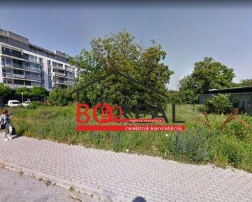 ** RK BOREAL ** Stavebný pozemok v Prievoze o veľkosti 782 m2 na predaj