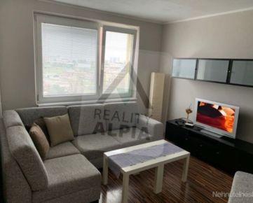 Kompletne zrekonštruovaný 1-izbový byt na predaj, A.Kubinu, Trnava