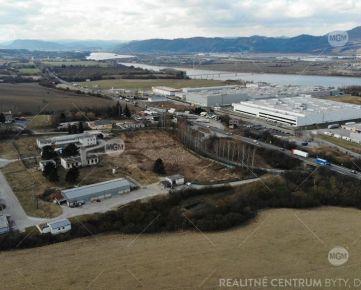 Predaj stavebné parcely pre sklady, priemysel, Strečno, 17.678m2, Cena: 56€/m2