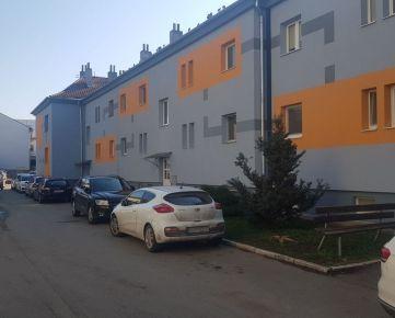 Dražba bytu na Kukorelliho ulici v centre Humenného