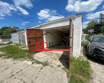 ** RK BOREAL ** Samostatná garáž 18 m2 s pozemkom, ul. Priekopy - Bratislava II, Ružinov
