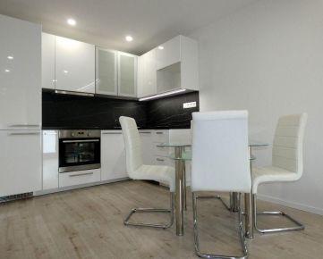 3-izbový byt po kompletnej rekonštrukcii na Družbe