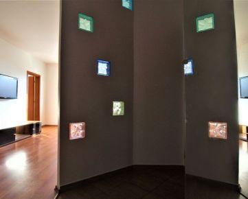 CASMAR RK * VIDEO OBHLIADKA *  PETRŽALKA - Vígľašská ul - 4-izbový byt s balkónom a výbornou dispozíciou