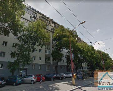 4 izb. byt, TRNAVSKÁ CESTA, zrekonštr. podľa Vašich predstáv