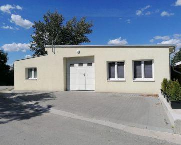 Skladový priestor s dvomi kanceláriami v centre Nitry