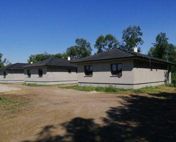 Moderné 4-izbové bungalovy so zastrešenými terasami dokončené na kľúč!