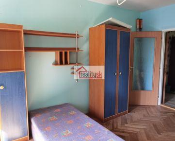 Prenájom 3-izbového bytu v centre Popradu