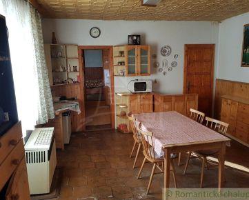 Starší rodinný dom s veľkým pozemkom  v obci Dolné Krškany pri Nitre