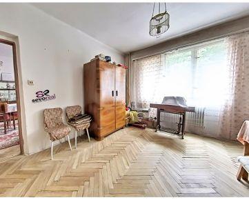 VÝBORNÁ LOKALITA, 3 izbový byt, B.Bystrica, Blízke CENTRUM, ÚSVIT