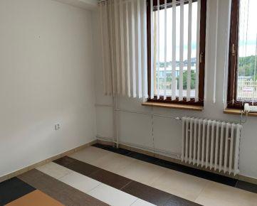 Prenájom kancelárie 16 m2, v Nitre, Murgašova 2