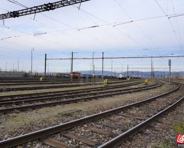 Direct Real - Predaj pozemku vo Vajnoroch 4240m2 so železničnou vlečkou