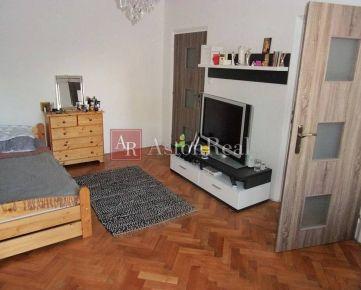 Vkusne zrekonštruovaný byt 2+1, 52m2, Beckovská, Trenčín
