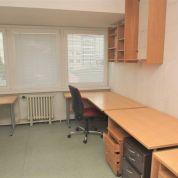 Kancelárie, administratívne priestory 1073m2, pôvodný stav