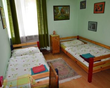Dlhodobý prenájom (bez kaucie) – Izba v penzióne v rakúskej obci Wolfsthal – 5 km od Bratislavy